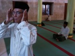Pak Chobir, 30 tahun jadi Muadzin Masjid Jami' Gresik